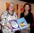 Prix du public du concours Francof'Art 2013 remis à Nicole Marbaise.